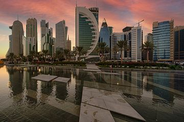 Skyline von Doha in der westlichen Bucht am Nachmittag vom Sheraton-Park aus fotografiert von Mohamed Abdelrazek