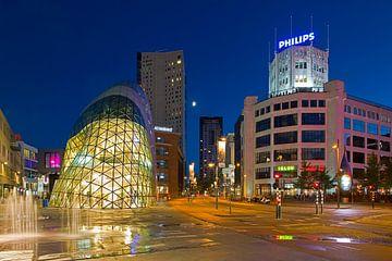 Eindhoven de Blob en Lichttoren van Anton de Zeeuw