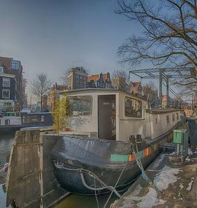 Woonboot in de Brouwersgracht Amsterdam