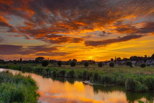 Zonsondergang met prachtige kleuren