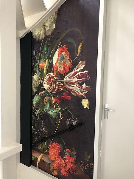 Klantfoto: Jan Davidsz de Heem. Vaas met bloemen  van 1000 Schilderijen, op behang