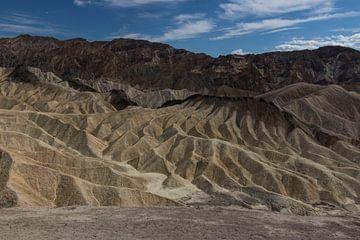 Dead Valley von Kimberley Helmendag