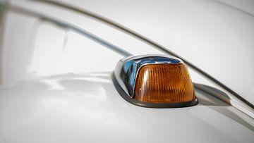 Nieuwsgierig Knipperlicht, Volkswagen Kever van Customvince | Vincent Arnoldussen
