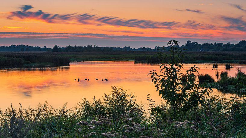 Zonsondergang in de Onlanden, Groningen van Henk Meijer Photography