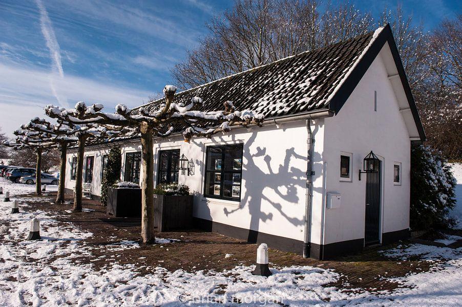 The Old House van Brian Morgan