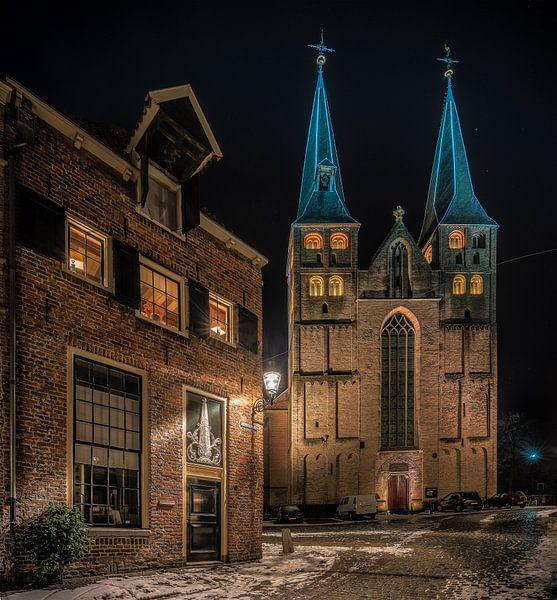 Bergkerk gezien vanaf de Bergstraat in Deventer