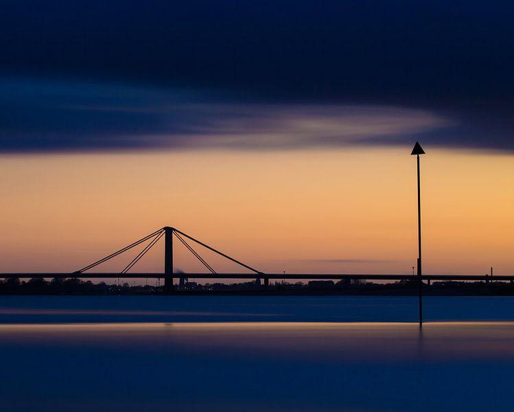 Zes minuten na zonsondergang van Nando Harmsen