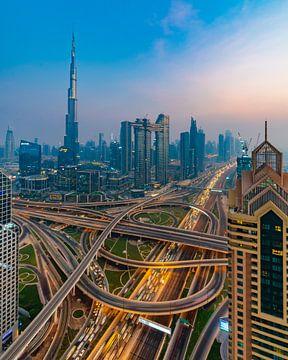Dubai snelweg spaghetti van Remco Piet