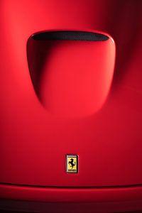 Detail of the hood of a Ferrari 550 Maranello