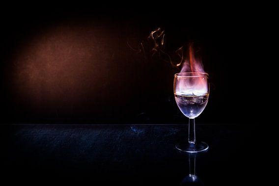 Storm in een glas water van Leon Weggelaar