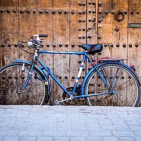 Bicycle in Marrakech van Julian Buijzen