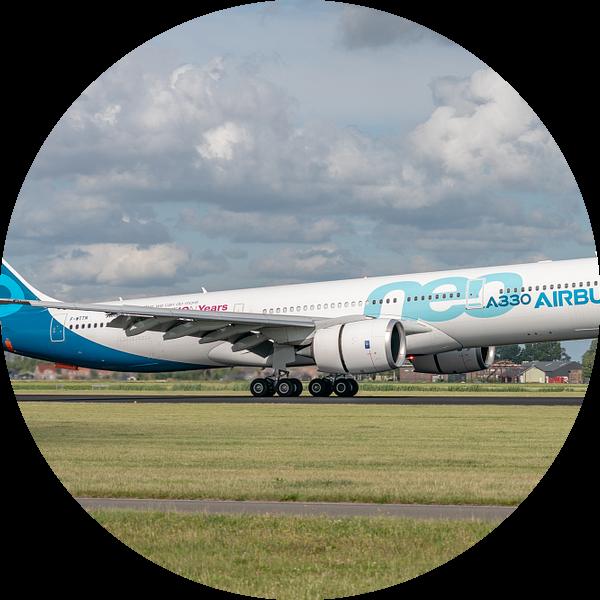 Een Airbus A330-900 (vliegtuig van de Airbusfabrieken zelf) heeft de wielen van het hoofdlandingsges van Jaap van den Berg
