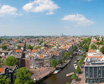 Panoramafahrt über Amsterdam vanaf de Westerkerk toren von Sjoerd van der Wal