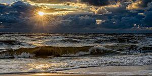 Bewolkte zonsondergang