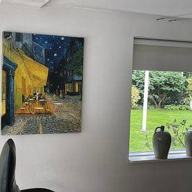 Klantfoto: Caféterras bij nacht van Vincent van Gogh, op canvas