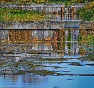 Waterval in rivier van Astrid Thomassen