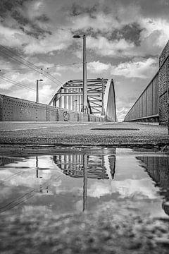 De John Frostbrug Arnhem van Nicky Kapel