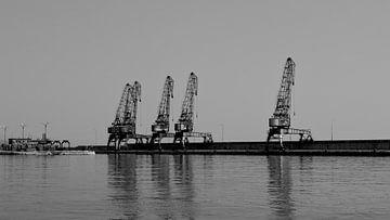 Oude havenkranen in Rijeka van