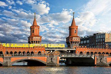 Oberbaum Bridge Berlin van Joachim G. Pinkawa