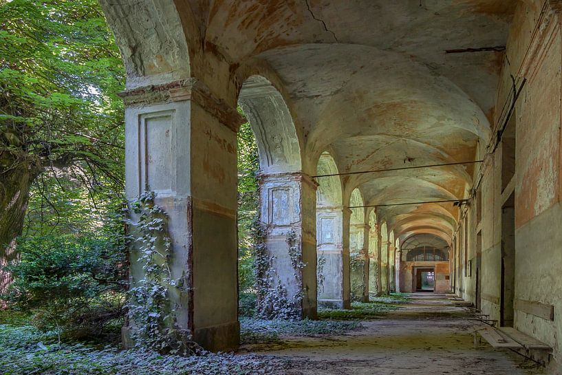Corridor von Frans Nijland