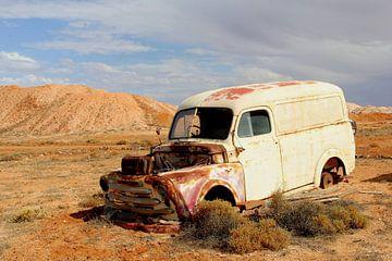 Gestrand in de Outback van Inge Hogenbijl