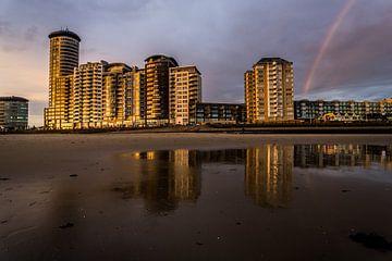 Boulevard vlissingen met regenboog van Johan Dingemanse