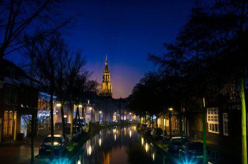 Nieuwe Kerk  in Delft vanaf Oosteinde als avondfoto