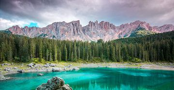 Lago di carezza, Dolomieten, Italië van Jens De Weerdt