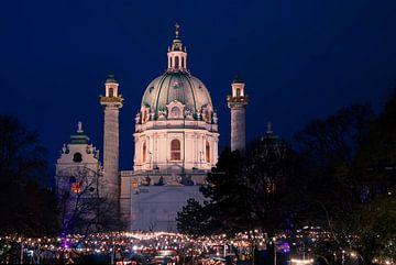 Karlskirche in Vienna / Austria van Philipp Stelzel