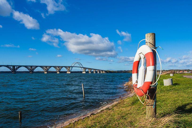 A bridge between Seeland und Moen in Denmark van Rico Ködder