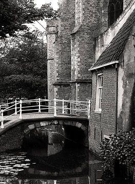 Delft, bruggetje van Fons Bitter