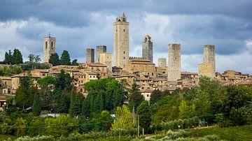 Blick auf San Gimignano in der Toskana, Italien von Discover Dutch Nature