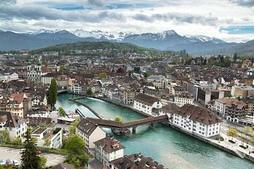 Luzern skyline von Ilya Korzelius