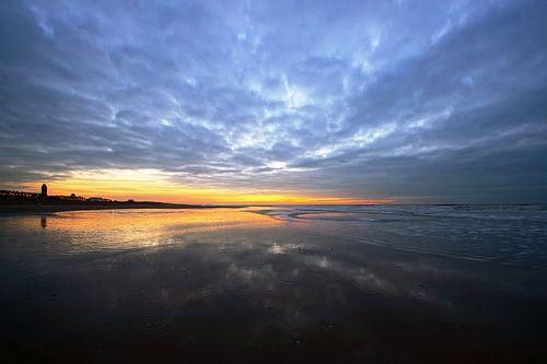 strand van katwijk  van