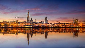 Zicht op Antwerpen van Dennis Donders