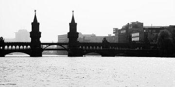Berlin Oberbaumbrücke van Falko Follert