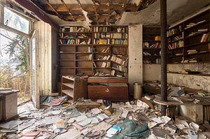 Verlaten Kamer met Boeken. van