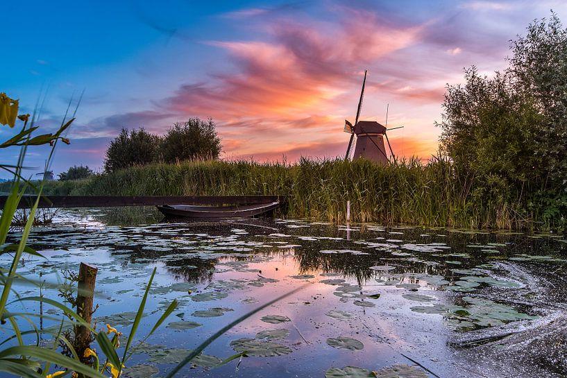 Zonsopkomst Kinderdijk 9 van Henk Smit