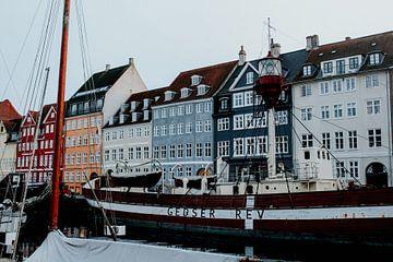 Nyhavn in Kopenhagen, Denemarken | Kleurrijke reisfotografie van Trix Leeflang
