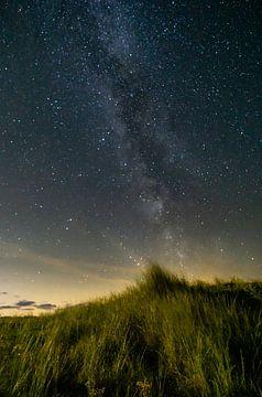 Melkweg vanuit de duinen van Sebastiaan Duijff