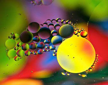 olie en water van Marijke Scheers