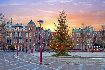 Kerstmis op het Museumplein in Amsterdam Nederland  bij zonsondergang van