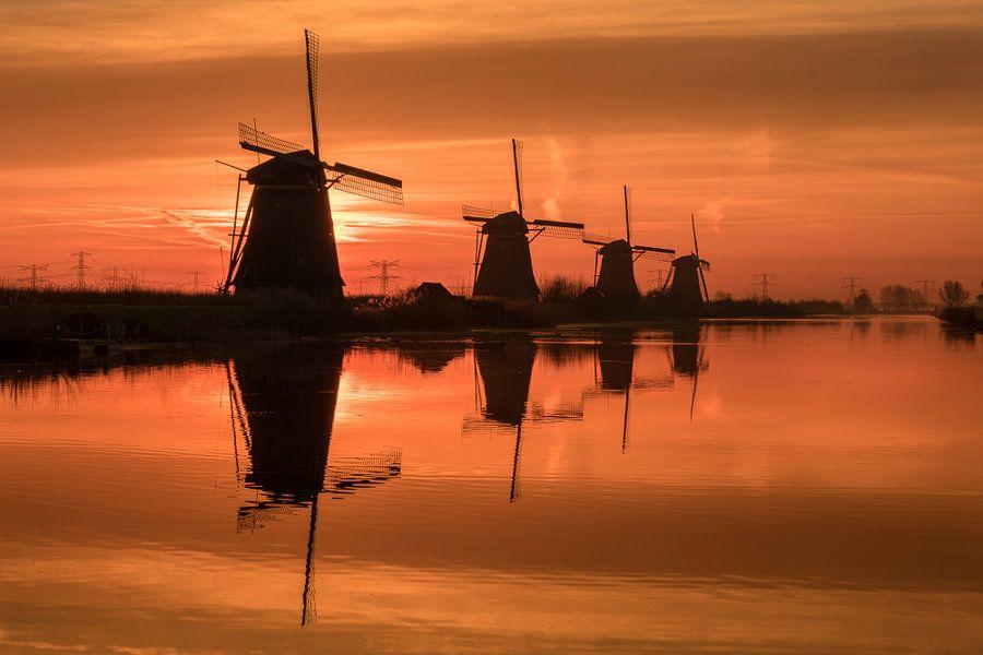 Dutch Silhouette van Mario Visser
