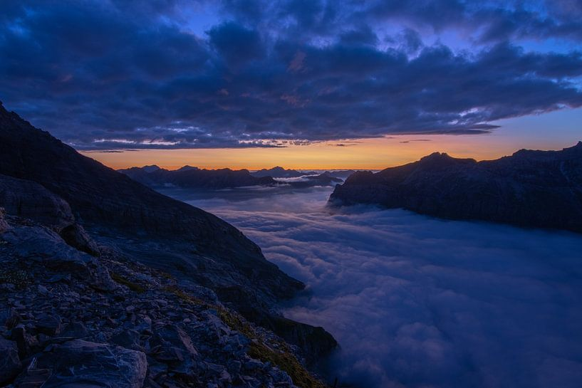zonsondergang in de bergen van Mark Lenoire