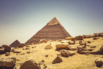 De Piramides in Gizeh 03 van FotoDennis.com