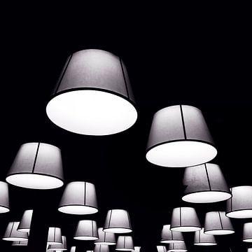 the light van sarp demirel