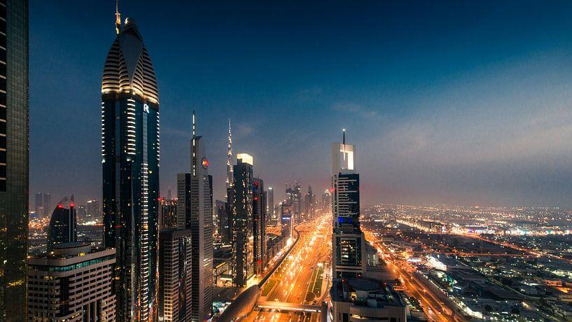 Dubai Skyline I van Dennis Wierenga