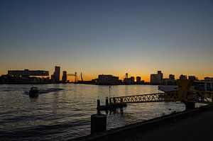 Abendfotografie eine Stadt in Rotterdam von Jorg van Krimpen