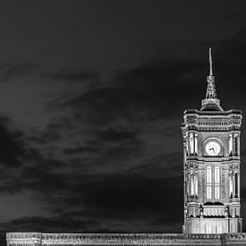 Turm des Roten Rathaus - Regierungssitz des Berliner Senates von Frank Herrmann