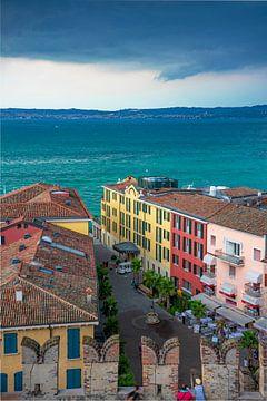 Rue à Sirmione, Italie